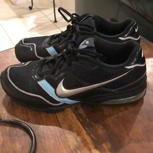 Women's NIKE volleyball sneakers
